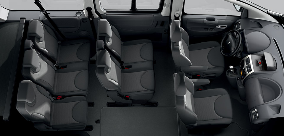 Peugeot expert la tua auto in campania for Interieur 807 8 places